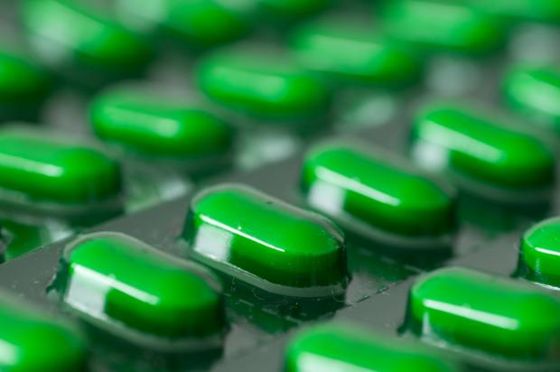 Der US-Konzern Alexion Pharmaceuticals hat sich dem Kampf gegen extrem seltene Krankheiten verschrieben. der Entwickler von Orphan-Drugs sinkt als Arbeitgeber von Platz 5 auf Platz 8. (Bild: ThKatz - fotolia)