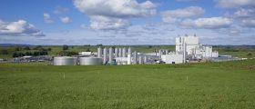 GEA hat für den Milchpulver-Produzenten Fonterra an dessen Standort Lichfield, neuseeland, eine Anlage mit eienr Kapazität von 30 t/h fertig gestellt. (Bild: Fonterra)
