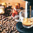 Der kleine Koffeinschub für zwischendurch: Kaffee- und Espressokapseln erfreuen sich weiterhin großer Beliebtheit. (Bild: gioiak2 – Fotolia)
