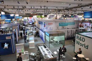 Auf dem Bosch-Stand gab es physische als auch virtuelle Lösungen zu sehen. (Bild: Bosch)