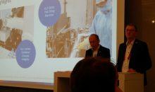 Dr. Stefan König, Vorsitzender der Geschäftsführung von Robert Bosch Packaging Technology (links), und Uwe Harbauer, Geschäftsführer Robert Bosch Packaging, bei der Pressekonferenz auf der Interpack 2017. (Bild: Redaktion)