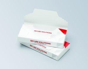 Spezielle Klebeverschlüsse, Laschen und Perforierungen machen deutlich, wenn eine Originalverpackung geöffnet wurde. (Bild: Essentra)