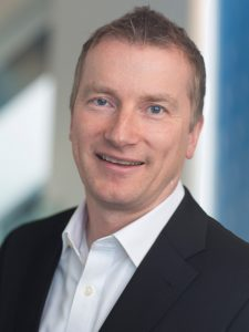 Finanzvorstand Wolfgang Nickl, Bayer