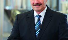 Robert Zimmermann gibt seinen Posten als Geschäftsführer der Azo-Gruppe auf und geht in den Ruhestand. (Bild: Azo)