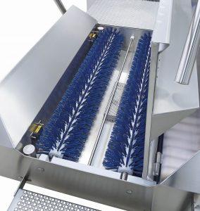 Sohlenreinigung-Bürstenwalzen-Innovation-Federtopftechnik_MOHN_cmyk
