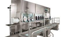 Der High-Containment Isolator schützt die Bediener vor den in der Anlage verarbeiteten hochaktiven Substanzen.  (Bilder: Dec)