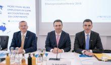 """""""Operativ und strategisch ein erfolgreiches Jahr"""": Der Vorstand der Freudenberg Gruppe hat die Geschäftszahlen für 2017 vorgelegt. (Bild: Freudenberg)"""
