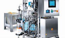 Durch das Ecoprime-Chromatographiesystem lassen sich Prozesse mit hoher Präzision reproduzieren. Die Bauweise der Anlage entspricht allen üblichen industriellen Anforderungen und sorgt dafür, dass das System auf spezifizierten Reinraumflächen Platz findet.