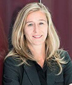Katrin Schwarz,  Pressereferentin, Fraunhofer IKTS