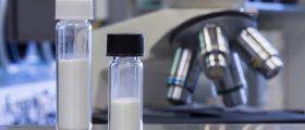 Carboplatin ist ein wichtiger platinhaltiger pharmazeutischer Wirkstoff für die Chemotherapie. (Bild: Haraeus)