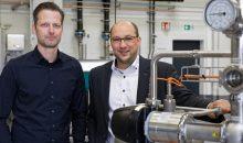 Arbeiten in der Projektgruppe zum MTP zusammen: Matthias Wiemann (li.), GEA, und Christoph Schröder, Siemens. (Bild: G
