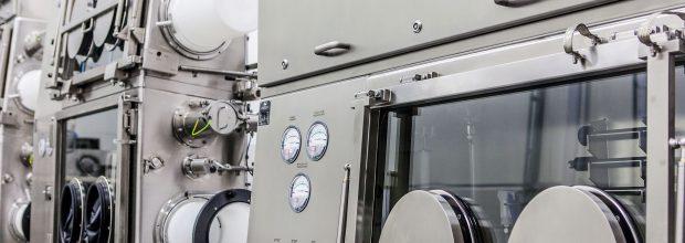 1: Auch für die sterile Prozessführung werden Isolatoren sowohl aus regulatorischer als auch aus finanzieller Sicht mehr und mehr zur bevorzugten Wahl.  (Bild: DEC)