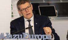"""""""""""Die Zukunft gestaltet sich weniger optimistisch als zu Beginn des vergangenen Jahres"""", erklärte VCI-Hauptgeschäftsführer Utz Tillmann. """"Die Chemienachfrage der deutschen und europäischen Industrie ist rückläufig."""" (Bild: VCI)"""