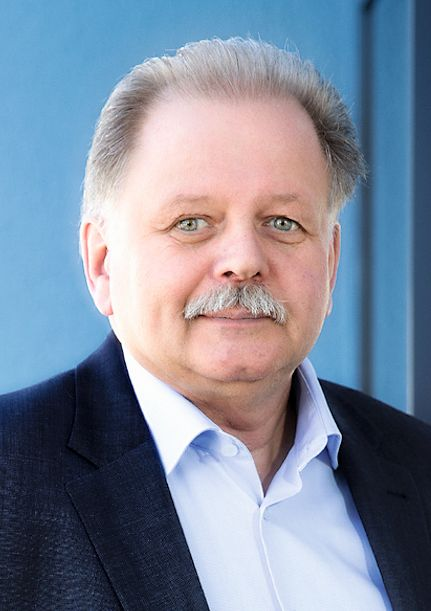 Burkhard Rüßmann ist CEO der L&R  Kältetechnik