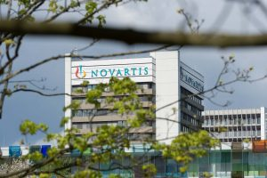 Novartis_Basel_tower-with-logo