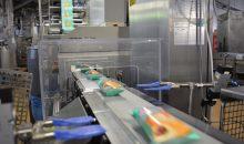Ein Metallsuchgerät prüft Kuchen auf Fremdkörper aus eisenhaltigen Metallen, nicht eisenhaltigen Metallen und auf magnetische und nichtmagnetische Edelstähle. (Bilder: Mettler Toledo)