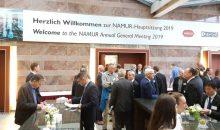 Die rund 650 Teilnehmer der Namur-Hauptsitzung 2019 beschäftigten sich mit durchaus kritisch formulierten Themen wie der Frage, warum die Automatisierer die Digitalisierung der Prozessindustrie nicht zum Fliegen bekommen. (Bilder: Redaktion Pharma+Food)