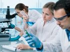 Pfizer nimmt für den Ausbau seines Geschäfts mit Biopharmazeutika 11,4 Mrd. US-Dollar in die Hand. Der übernommene Krebsmedikamentenhersteller Array Biopharma soll langfristig Wachstum bringen. (Bild: Alexander Raths – Fotolia)