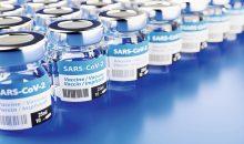 Ein Corona-Impfstoff muss, wenn er erst entwickelt ist, auch in ausreichender Menge produziert werden können. (rechts) Bild: Andreas Pott ‒  AdobeStock