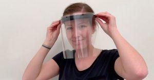 Grundfos produziert und spendet Gesichtsvisiere. (Bild: Grundfos)