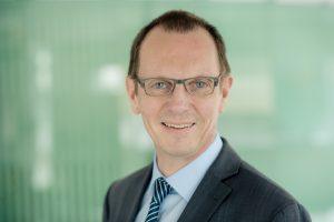 Michael König ist neuer Aufsichtsratsvorsitzender des Aromenherstellers Symrise. (Bild: Symrise)