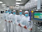 3)St. Wendel FMC erweitert Dialysemittel-Produktion Fresenius Medical Care hat am Standort im saarländischen St. Wendel eine neue Produktionslinie für Dialyseflüssigkeiten in Betrieb genommen. Der Hersteller reagiert damit auf gestiegene Nachfrage während der Corona-Krise. Bild: FMC