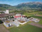 7) Labor in der Schweiz Merck investiert in Buchs Merck will ein neues, 18 Mio. Euro teures Laborgebäudes im schweizerischen Buchs errichten. Mit der Investition will der Darmstädter Pharmakonzern das nach eigenen Angaben schnell wachsende Geschäft mit Referenzmaterialien unterstützen. Bild: Merck