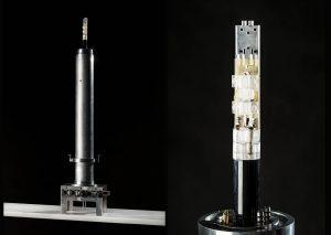 NMR-Probenkopf (links) mit miniaturisiertem Detektor (rechts). (Bild: Markus Breig, KIT)