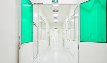 Das Zentrum umfasst auf 600 m² alles Nötige von Reinräumen über Montageflächen bis hin zu Büro-, Meeting- und Schulungsräumen. (Bild: Syntegon)